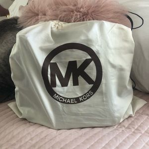 Admirable Host Pick Michael Kors Hamilton Bag Caraccident5 Cool Chair Designs And Ideas Caraccident5Info